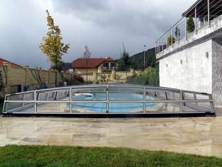 Nízké bazénové zastřešení CORONA™