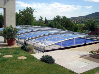 Zavřené zastřešení bazénu CORONA™
